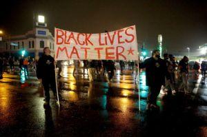 Ferguson protestors2