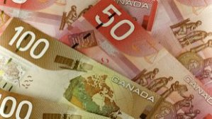 li-cash-money-canadian-currency-620
